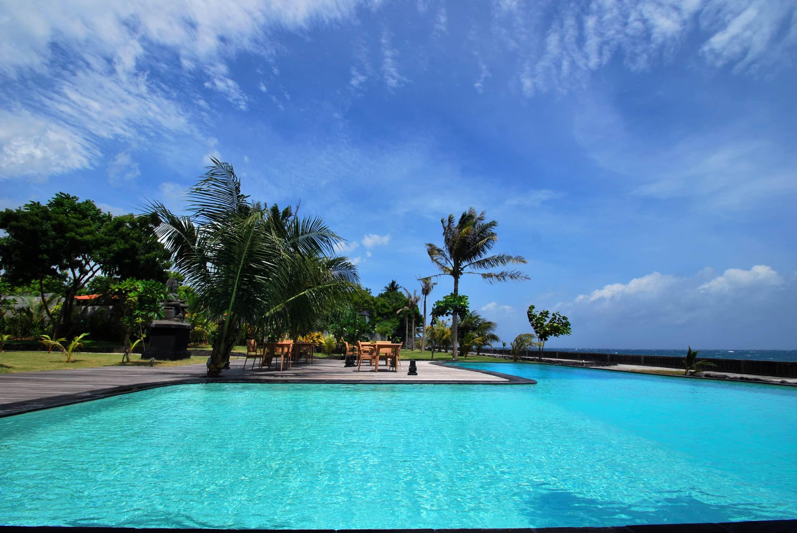 tulamben public pool